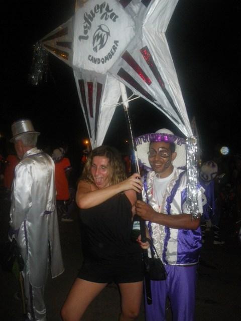 En las llamadas, fiesta del candombe en el carnaval de Montevideo