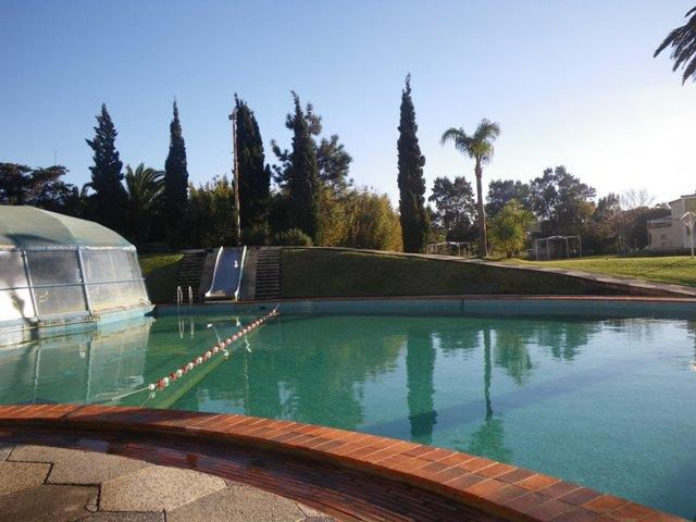 Pool of the Argentino hotel in Piriapolis