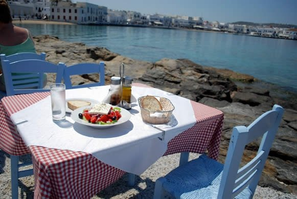 My fave place to eat in Mykonos, Greece