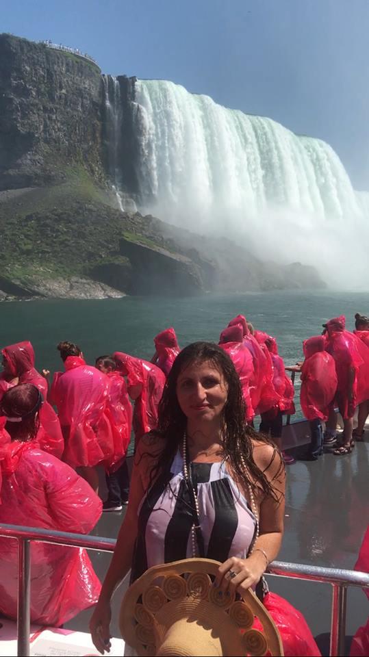 24 Perfect Hours In Niagara Falls The Wander Life